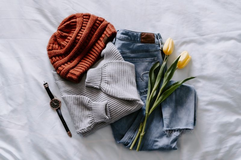 Ako kombinovať dámske zimné oblečenie a vytvoriť z nich pekné outfity?